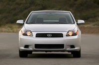 2010-Scion-tc-01