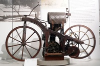 1885 - Gottllieb Daimler - First Motorcycle