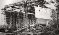 Titanic And Olympic (smaller brother) Under Construction