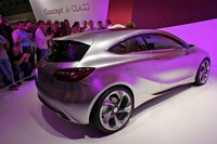 Mercedes Benz Concept A-Class - side angle
