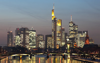 Frankfurt_am_Main_2011_Skyline_origres