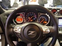 Nissan 370Z - dashboard and steering wheel