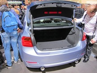 BMW ActiveHybrid 3 - open trunk
