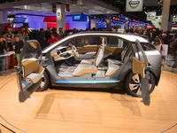 BMW i3 Concept - side interior