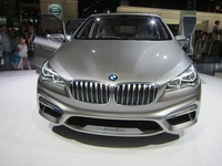 BMW Concept Active Tourer - front