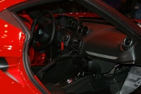 Alfa Romeo 4C red - interior 2
