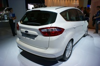 Ford C-MAX Energi - rear view