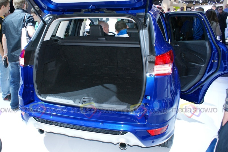 Ford Kuga Eco Boost 2013 - trunk load