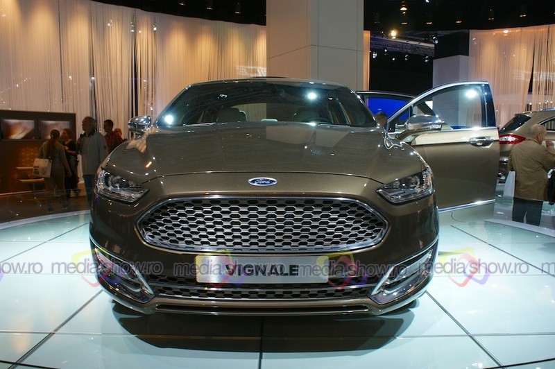 Ford Vignale - frontal view
