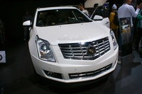 2014 Cadillac SRX 3.6 AWD AT Sport Luxury - frontal view