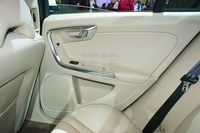 Volvo S 60 T6 - rear leather door