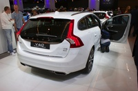 Volvo V 60 Plug-in Hybrid D6 AWD - rear view