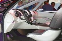 Renault Initiale Paris Concept - driver's seat and steering wheel