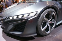 Honda NSX Concept 2014 - frontal view and wheel