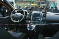 2016 Opel Vivaro - Interior Dashboard and Steering Wheel