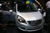 Opel Meriva WiFI Ready - Frontal View