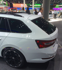Skoda Superb Combi - Rear Side View
