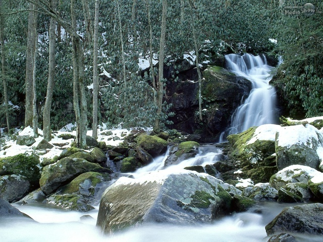 Mouse Creek Falls in Winter